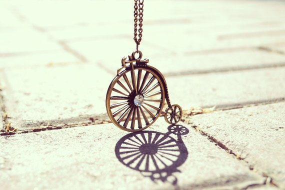 antique-bicycle-necklace-ww