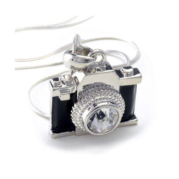 miniature-camera-pendant-ww